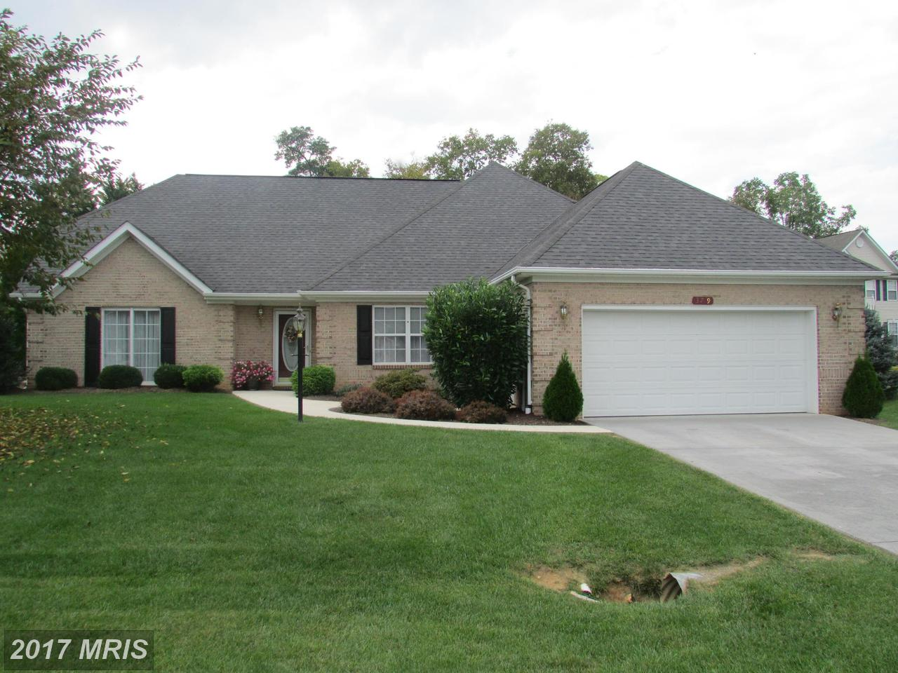 379  Turnberry,  Charles Town, WV