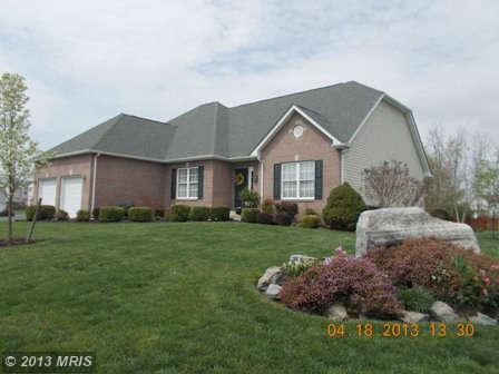 58  PEBBLE  CR,  CHARLES TOWN, WV