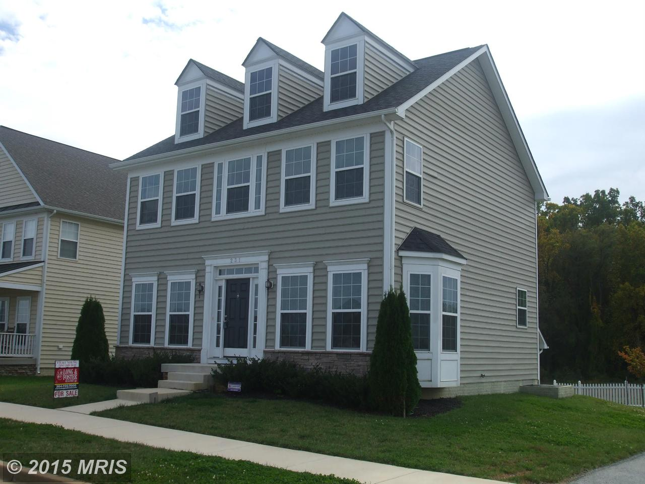 231  Colonial,  Charles Town, WV