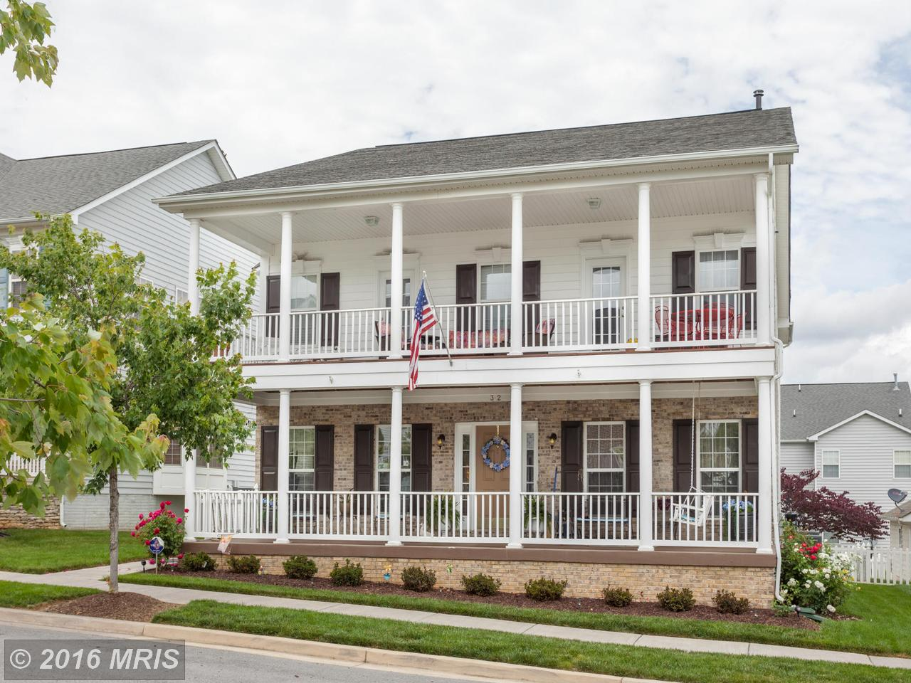 32  Colonial,  Charles Town, WV