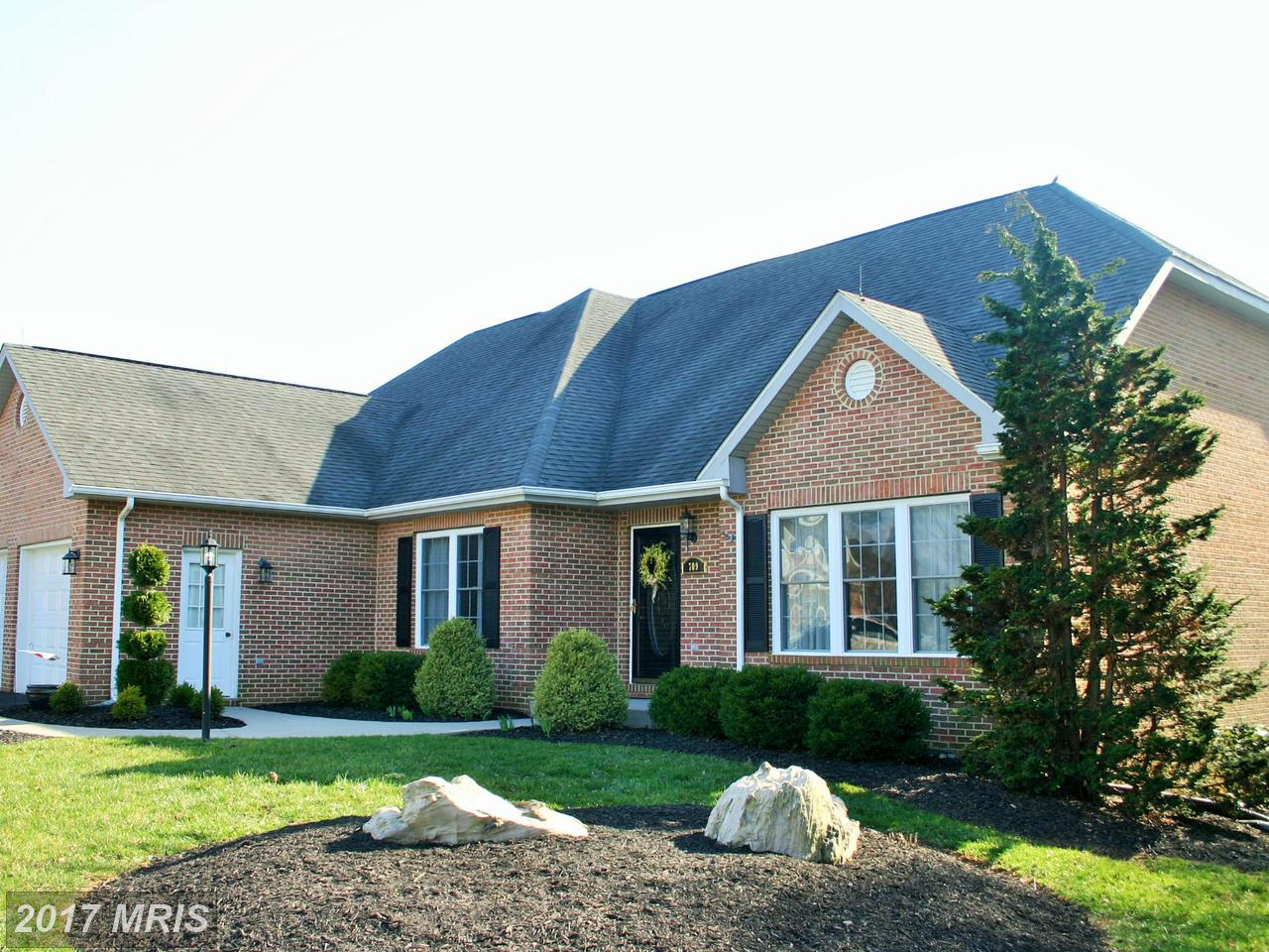 709  Turnberry,  Charles Town, WV