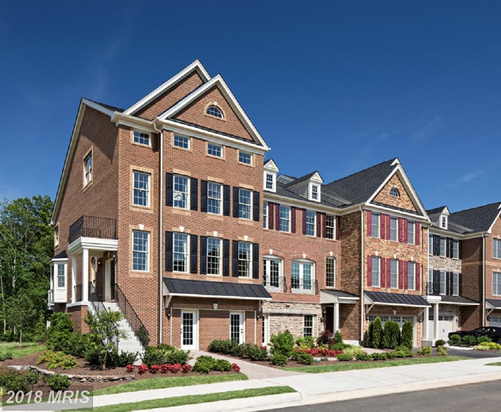 25023  Cambridge Hill,  Chantilly, VA