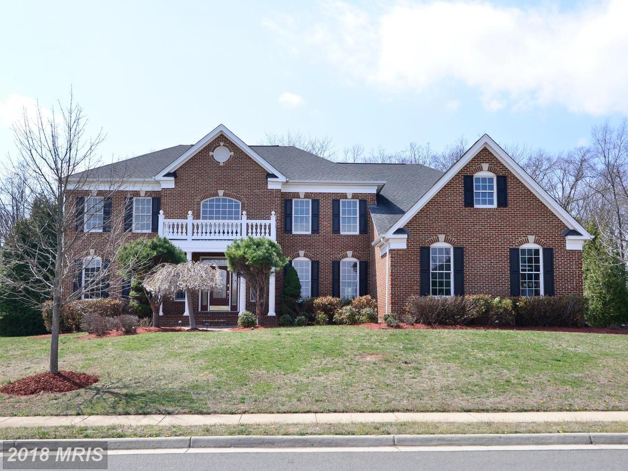 23357  Lennoxville,  Sterling, VA