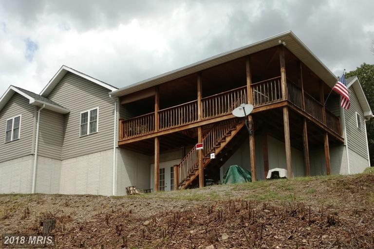 1319  Painter Hollow,  Fort Ashby, WV