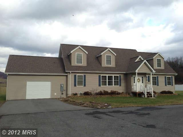 10  MANOR LOOP,  FORT ASHBY, WV