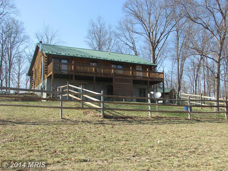 2425  Pursley Run Road,  Burlington, WV