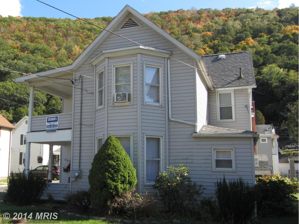 109  Willow,  Keyser, WV