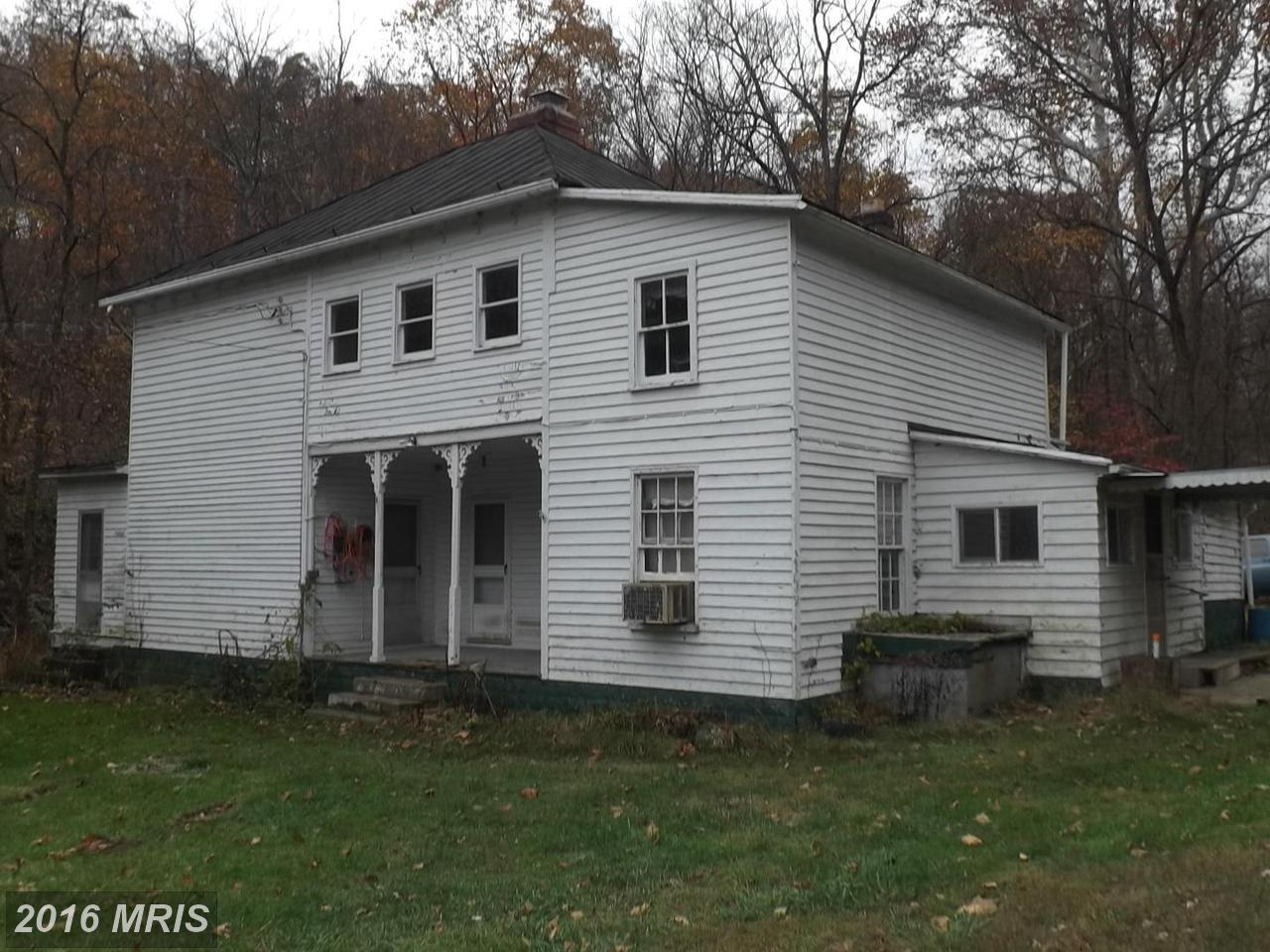 100  Parrill Hollow,  Burlington, WV