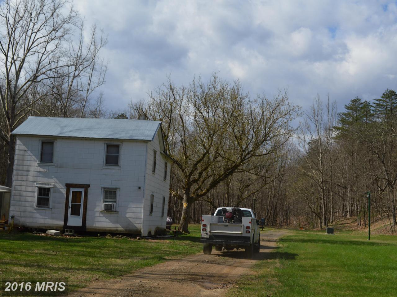2486  Round Bottom,  Fort Ashby, WV