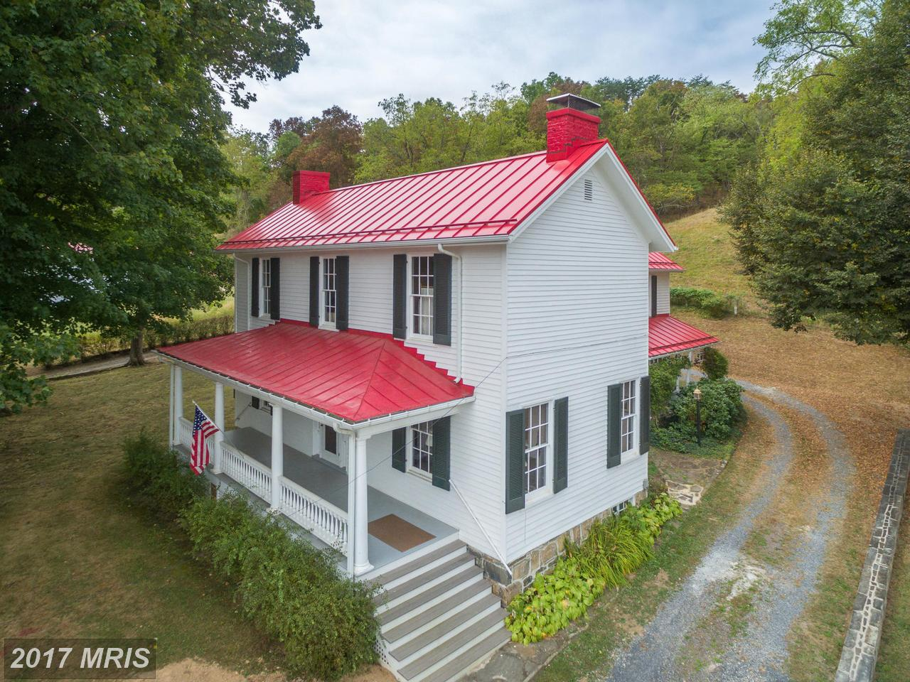 10534  Patterson Creek Road,  Burlington, WV
