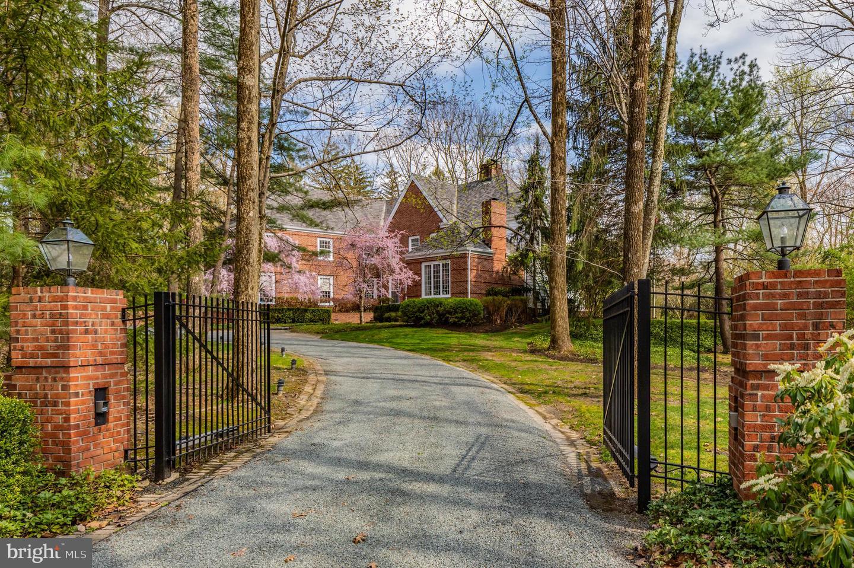 345  Brooks,  Princeton, NJ