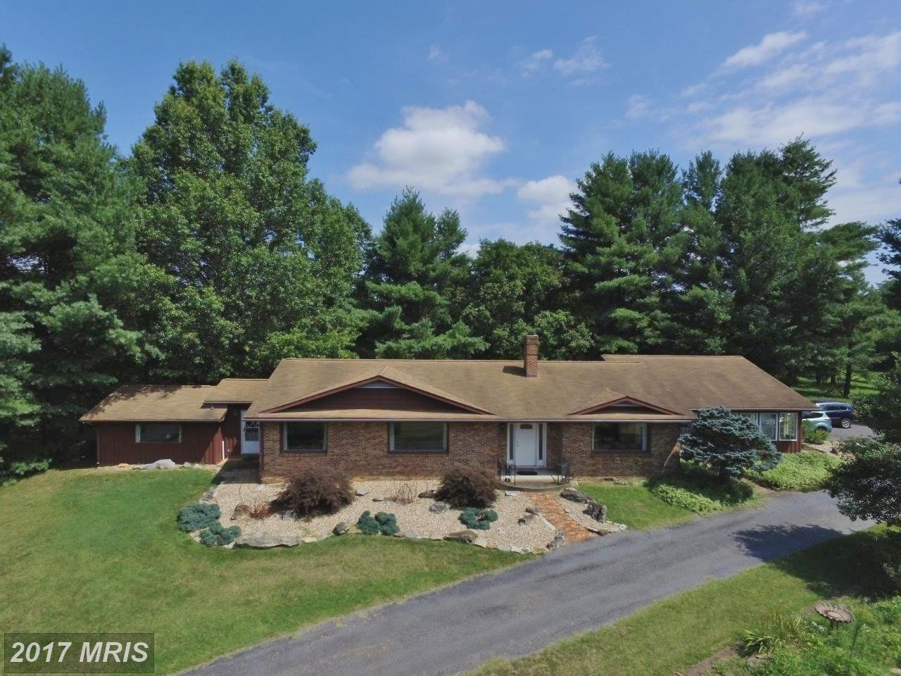 535  Edinburg Gap,  Edinburg, VA