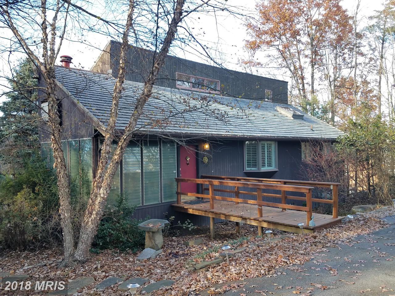 7545  Supinlick Ridge,  Basye, VA
