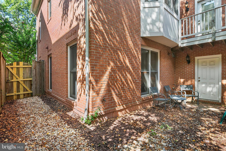 1203 Johnson, Arlington, VA, 22201