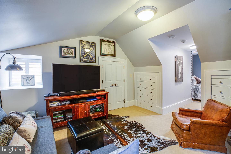 909 Madison, Fredericksburg, VA, 22401