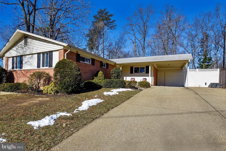 8126  Springfield Village,  Springfield, VA