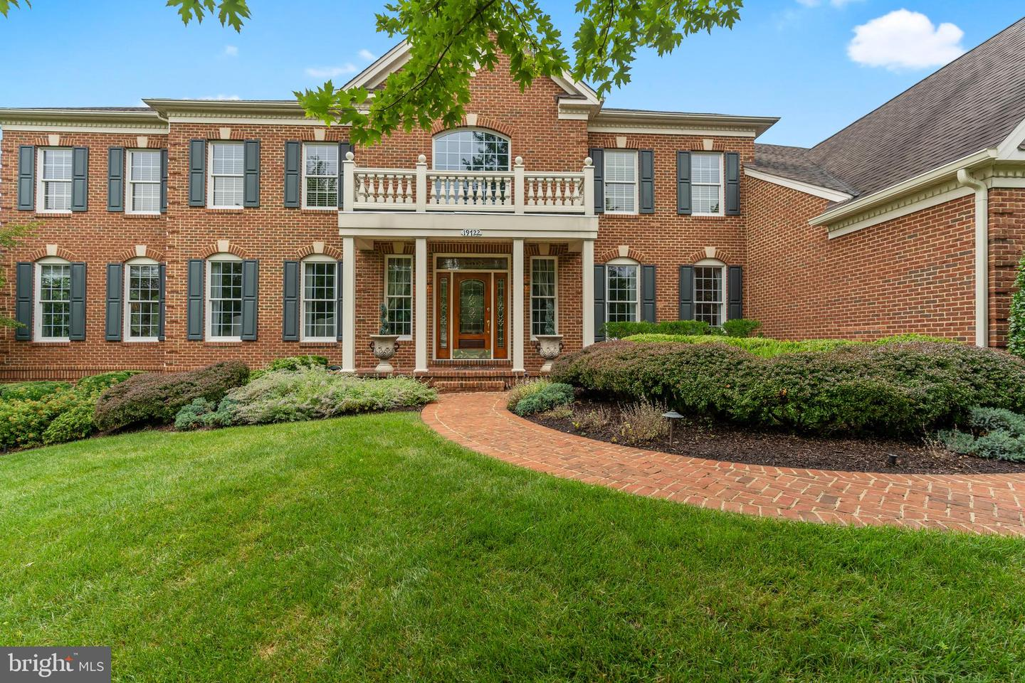 19722  Willowdale,  Ashburn, VA