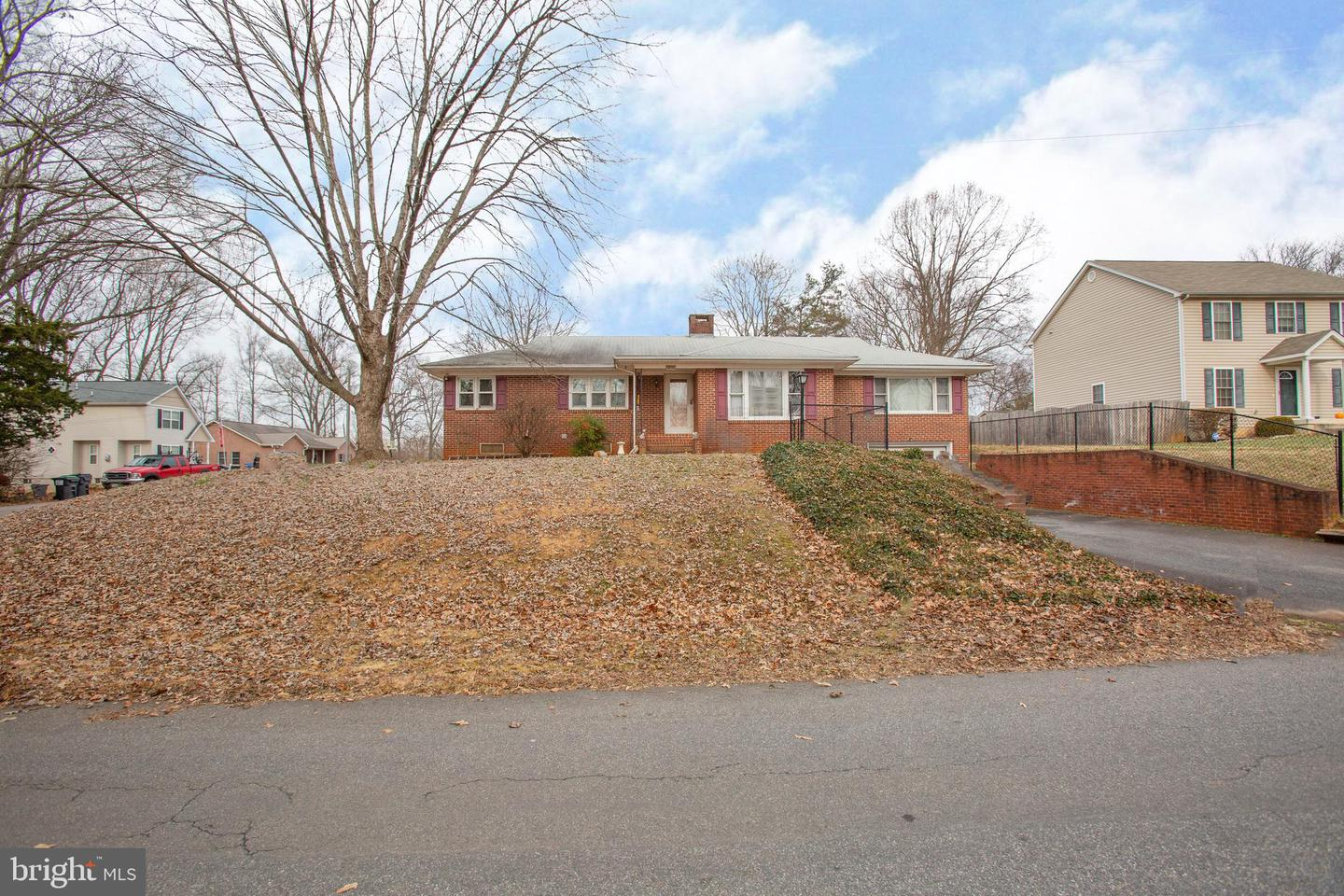 1201 Holly, Fredericksburg, VA, 22405