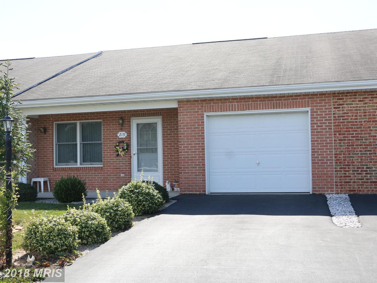 219  Winding Oak,  Hagerstown, MD