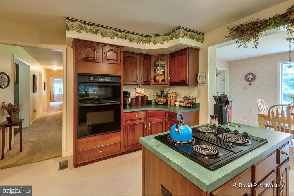 2390 Vineyard, Falling Waters, WV, 25419