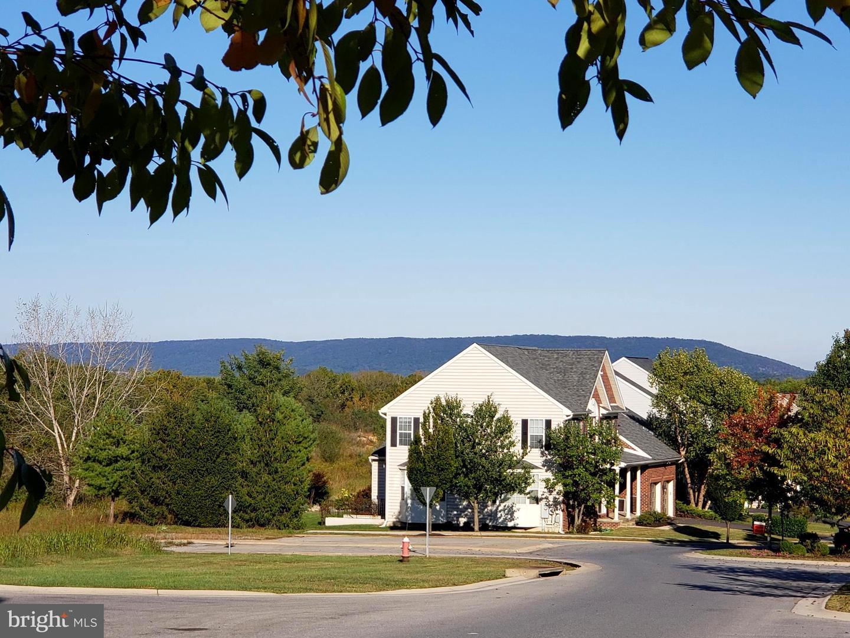 101 Mountain Laurel Blvd, Ranson, WV, 25438
