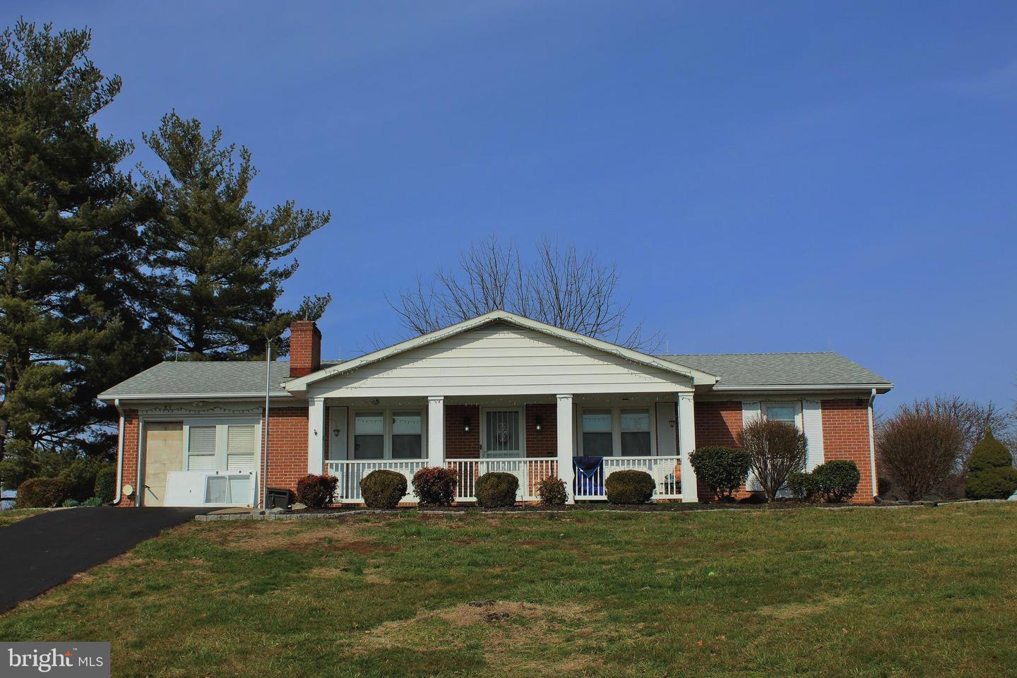 83  Carrell,  Charles Town, WV