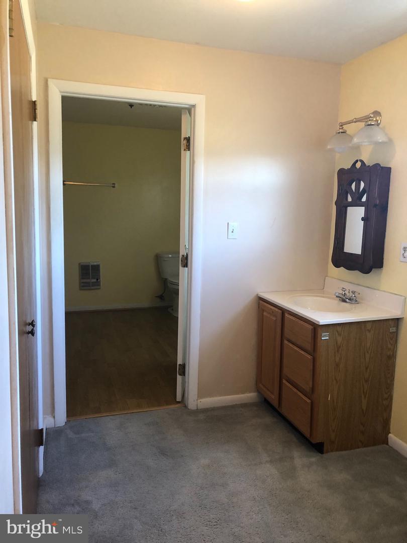 323 Theodore Hawvermale, Berkeley Springs, WV, 25411