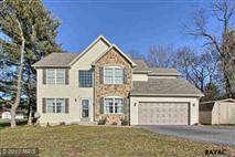 1224  GREENBRIAR,  YORK, PA